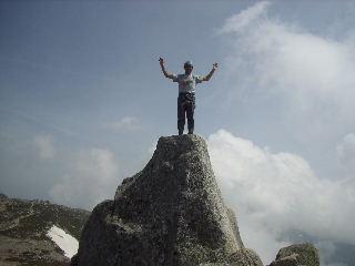 宝剣岳の上にたつめえ