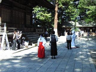 秋宮で結婚式